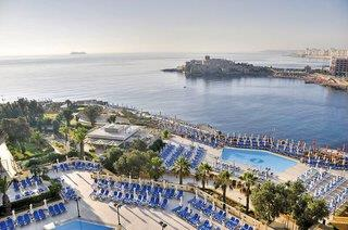 Marina at the Corinthia Beach Resort