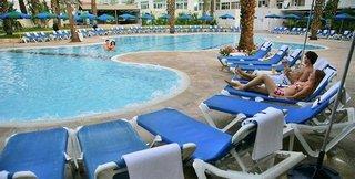 Caesar & New Caesar Resort