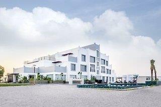 Pearl Hotel - Umm Al Quwain