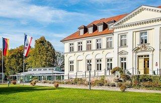 Schloss Schorssow - Mecklenburgische Seenplatte