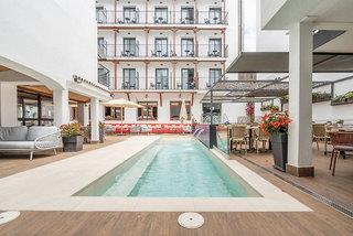 Neptuno Hotel & Apartaments - Costa Barcelona
