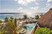 The Radisson Blu Poste Lafayette Resort &  ... - Mauritius