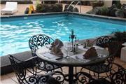 Copacabana Apartment Hotel - Philippinen: Insel Luzon (Manila)