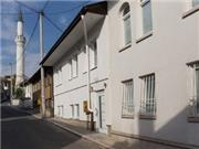 ESHE Boutique Hotel - Bosnien-Herzegowina