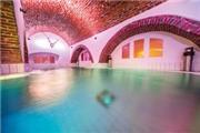 Schloss Mondsee - Salzkammergut - Oberösterreich / Steiermark / Salzburg