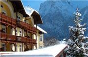 Post Mittenwald - Bayerische Alpen