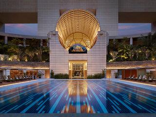 The Ritz Carlton Millenia Singapore