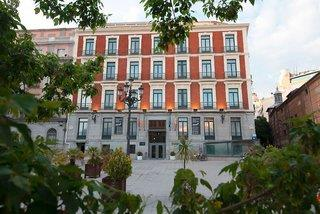 high tech avenida callao hotel: