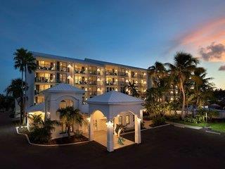 Bayside Inn & Suites