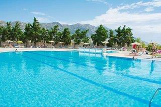 Sovereign Beach Hotel