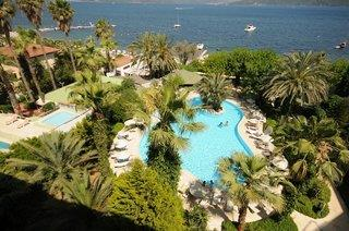Hotel Tropikal
