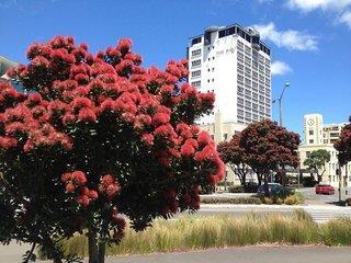 Hotel Bay Plaza