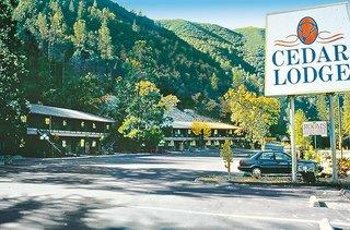 Hotel Cedar Lodge Resort