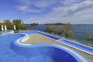 Hotel Belvedere Camping & Apartments - Camping - Kroatien - Kroatien: Mitteldalmatien
