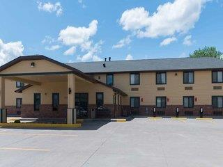 Hotel Baymont Inn & Suites Pierre - USA - South Dakota