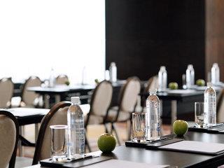Mövenpick Hotel Colombo - Sri Lanka - Sri Lanka