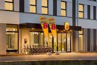 Hotel Super 8 Freiburg - Deutschland - Schwarzwald