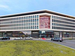 V8 Hotel Superior - Motorworld Region Stuttgart - Deutschland - Baden-Württemberg