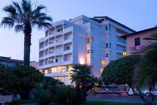 Hotel Villaggio Camping Paradiso Viareggio G 252 Nstig