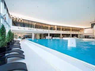 Hotel Meriton Grand Conference & Spa