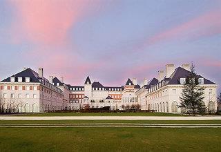 Hotel Vienna International Dream Castle - Disney Themenpark - Frankreich