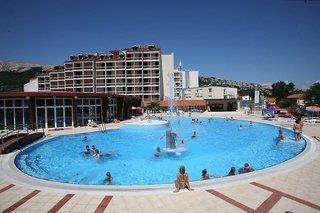Hotel Corinthia Villen