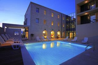 Hotel Lipa - Postira - Kroatien