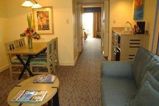 Embassy Suites Hotel Dorado Del Mar Beach & Golf Resort