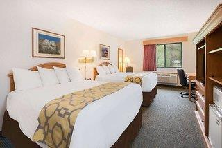 Hotel Baymont Inn & Suites Hot Springs - USA - South Dakota